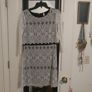 KENSIE Laceoverlay dress